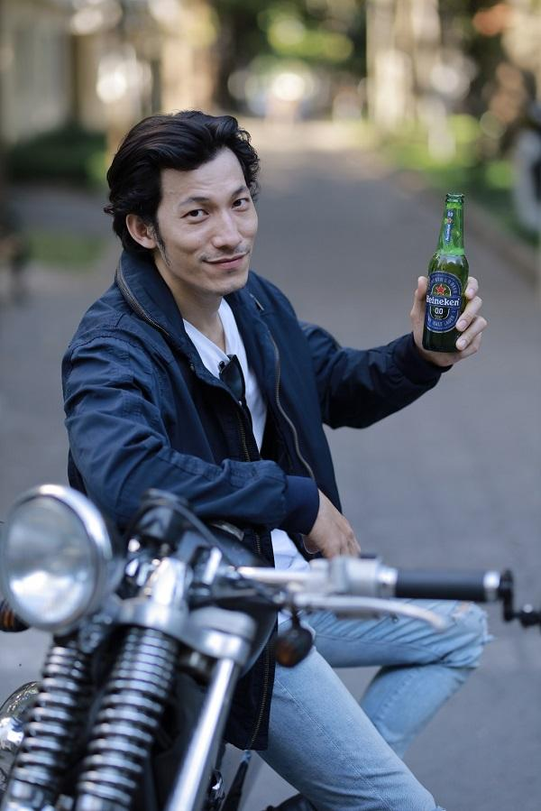 Ninh Dương Lan Ngọc, Liên Bỉnh Phát háo hức thưởng thức Heineken 0.0-4