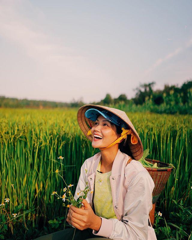 Choáng ngợp với nhà sàn dài 41m ở Đắk Lắk của hoa hậu HHen Niê-1