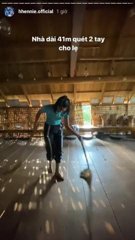 Choáng ngợp với nhà sàn dài 41m ở Đắk Lắk của hoa hậu HHen Niê-4