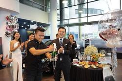 Quang Hải có đáng bị chỉ trích vì mua xe sang giữa đại dịch?