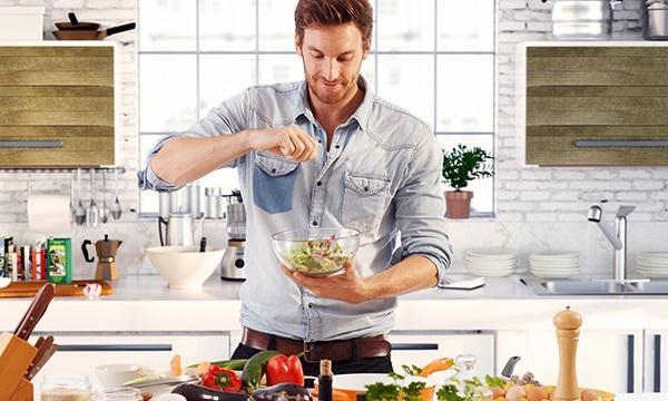 Top những con giáp nam đẹp trai nhất là khi nấu ăn, vào bếp là có thể hóa thành Master Chef-1
