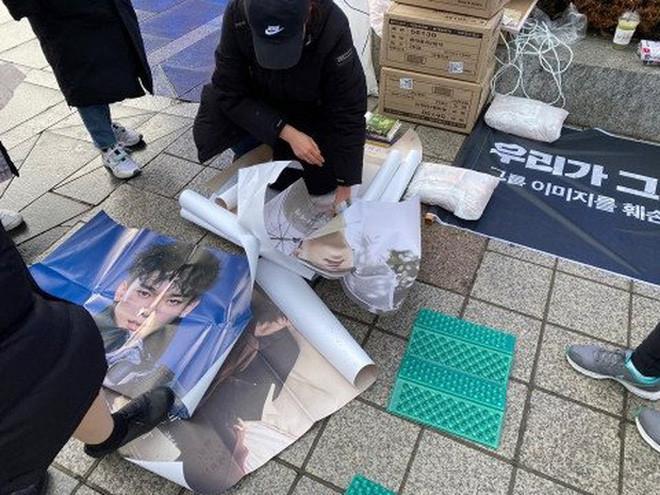 Rầm rộ tin đồn bà xã Chen (EXO) đã hạ sinh con đầu lòng, fan Trung nhất loạt đòi đuổi nam ca sĩ ra khỏi nhóm?-5
