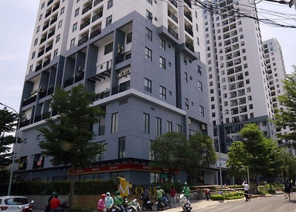 Trụ sở Công an phường, chung cư Thảo Điền bị cách ly vì cư dân người Anh mắc Covid-19-3