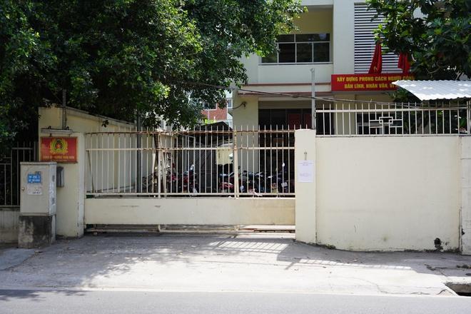 Trụ sở Công an phường, chung cư Thảo Điền bị cách ly vì cư dân người Anh mắc Covid-19-2