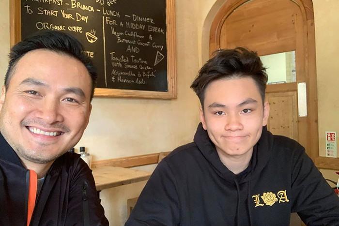 Chi Bảo đưa con trai về nước vì trường học ở Anh đóng cửa 6 tháng-2
