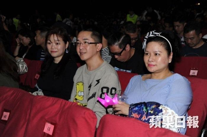 Tài tử Hong Kong 53 tuổi không kết hôn, sống cùng 3 tình nhân-2