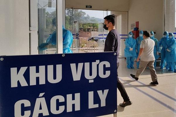 VZN News: Phong tỏa ngôi nhà ở Văn Quán có du học sinh mắc Covid-19-1