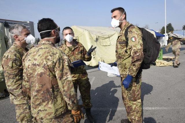 Italia: 627 người chết, hơn 6.000 người mắc Covid-19 trong ngày-2