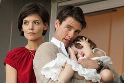 Tom Cruise - ba lần ly hôn và 8 năm không nhìn mặt con gái Suri