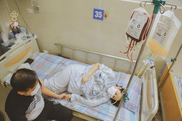Giọt nước mắt của người đàn ông khi chứng kiến vợ mang thai 37 tuần bỗng phát hiện ung thư máu-1