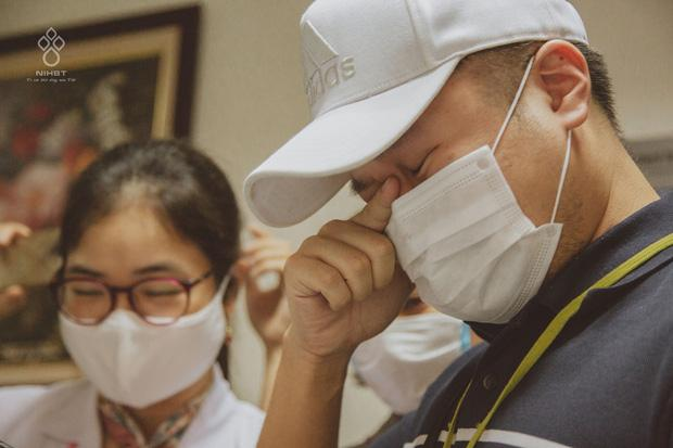 Giọt nước mắt của người đàn ông khi chứng kiến vợ mang thai 37 tuần bỗng phát hiện ung thư máu-5