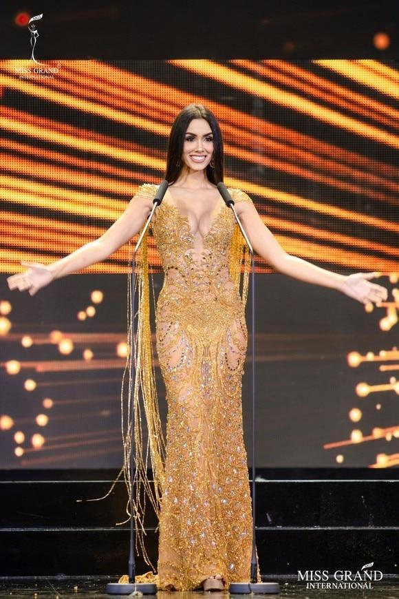 Best Evening Gown: Bộ cực phẩm, bộ thảm họa, Việt Nam được tâm phục khẩu phục-1