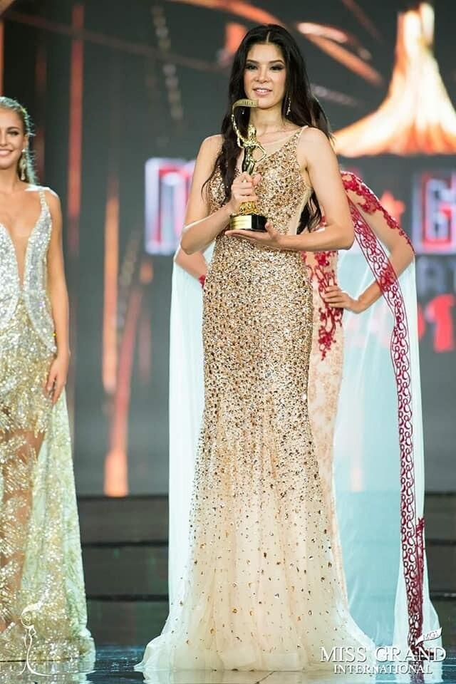 Best Evening Gown: Bộ cực phẩm, bộ thảm họa, Việt Nam được tâm phục khẩu phục-2