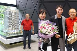 Sau 2 năm làm việc ở Việt Nam, HLV Park Hang-seo cùng vợ đi mua nhà riêng ở Mỹ Đình
