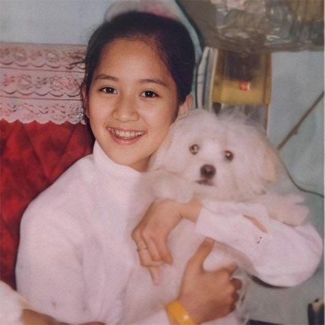 Sinh nhật tuổi 39, Khánh Thi đăng ảnh thời 7 tuổi, khẳng định xinh từ trong trứng-1