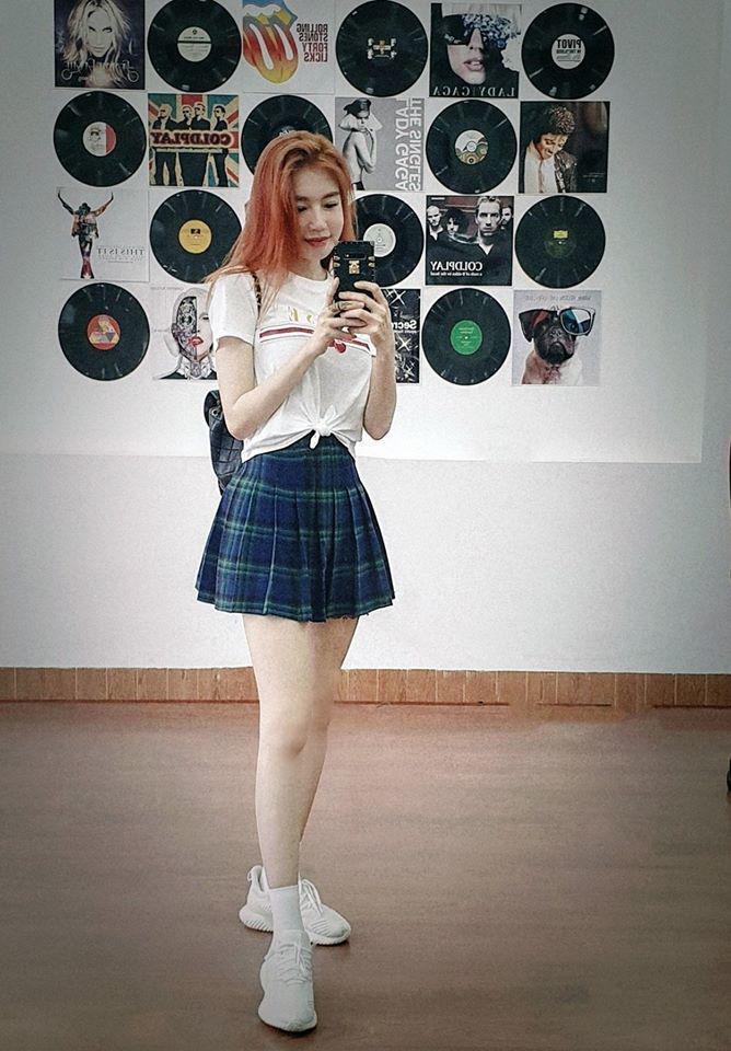 Đâu cần phải mặc nội y, Elly Trần cũng có chiêu diện đồ khoe vóc dáng đẹp như tạc-7