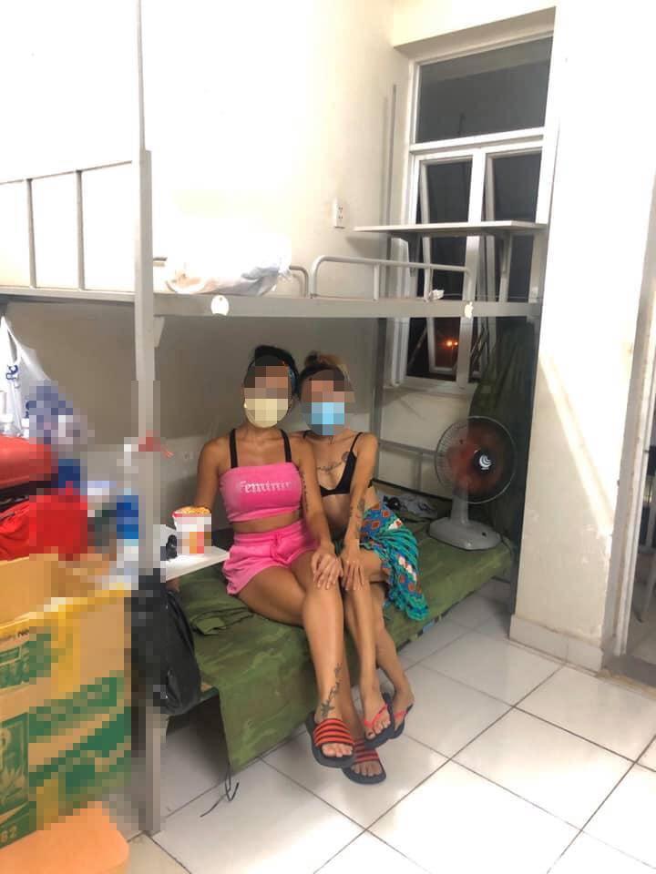 Cách ly ở KTX ĐH Quốc gia TP. HCM, cô gái trẻ lên Facebook chê bai chật - bẩn, đòi về nhà cho bớt căng thẳng-1