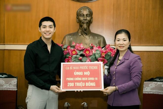 Nói ít làm nhiều, Noo Phước Thịnh âm thầm ủng hộ 300 triệu chống dịch Covid-19 và hạn mặn-1