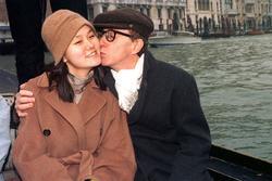 Woody Allen kể về mối tình với con gái nuôi