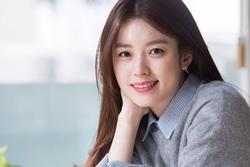 'Mỹ nhân cười đẹp nhất xứ Hàn' Han Hyo Joo cổ vũ mọi người vượt qua dịch bệnh
