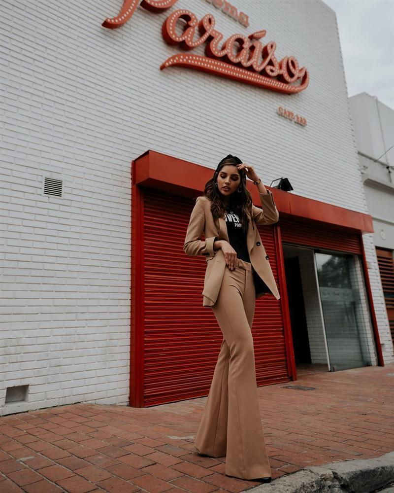 Bản tin Hoa hậu Hoàn vũ 24/3: Catriona - Tamaryn - HHen Niê gây sốt với khẩu trang fashion có 1-0-2-6