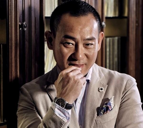 Nam thần TVB một thời lừng lẫy: công khai là người đồng tính, tuổi già chật vật kiếm sống-1