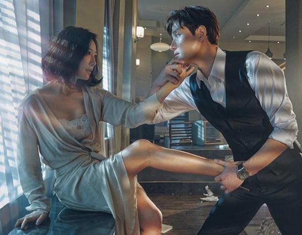 Loạt phim truyền hình Hàn nhiều cảnh nóng táo bạo-10