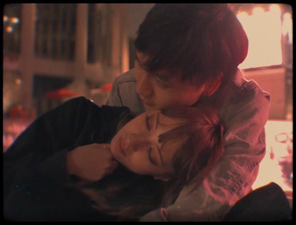 Xuân Nghi ra mắt ca khúc ngọt ngào với tên gọi umakeme, chính thức hé lộ bạn trai giấu mặt-5