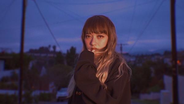 Xuân Nghi ra mắt ca khúc ngọt ngào với tên gọi umakeme, chính thức hé lộ bạn trai giấu mặt-6