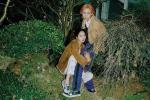 HyunA và bạn trai tạo dáng kỳ quặc trên tạp chí danh tiếng xứ Hàn