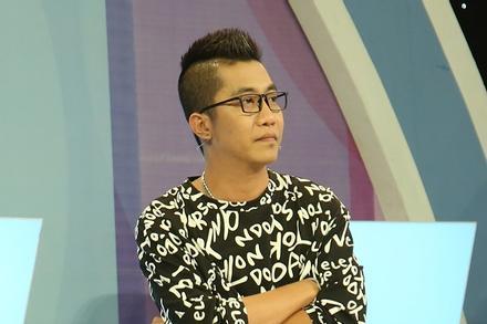Hoàng Rapper thừa nhận 'bắt cá hai tay' trên sóng truyền hình