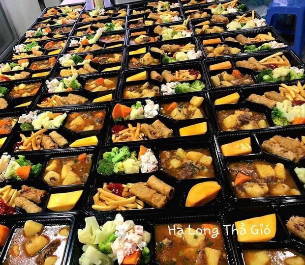 Dân mạng thế giới khoe bữa ăn đầy đủ trong khu cách ly-8