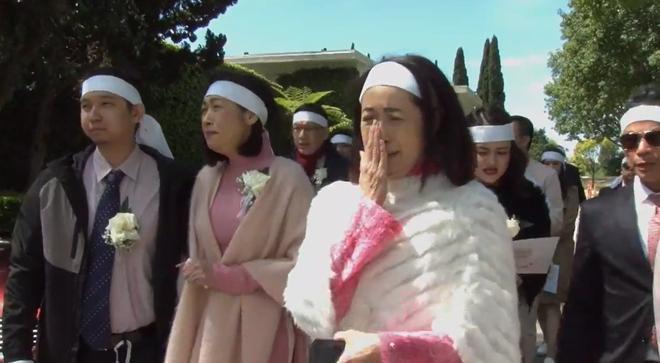 Danh ca Ý Lan đau xót vì đám tang mẹ Thái Thanh vắng lặng-3
