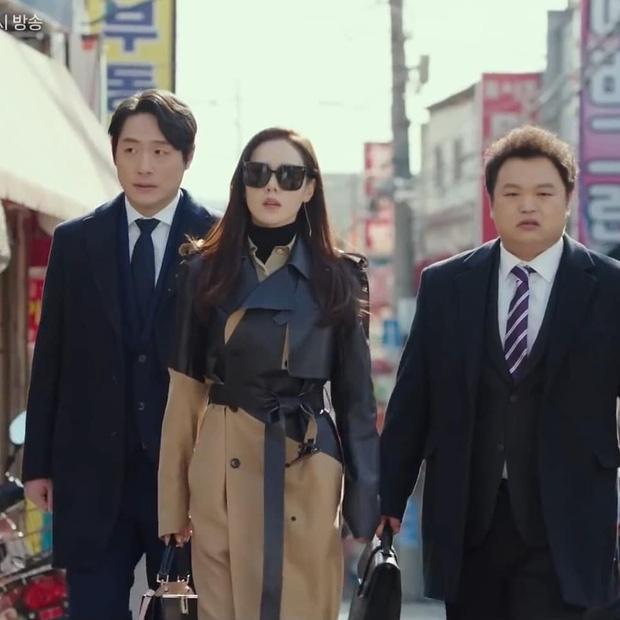 Fan phát hiện Kim Da Mi nhiều lần mặc đồ giống Son Ye Jin-5