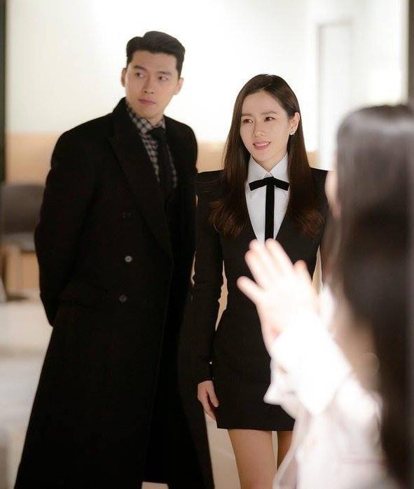 Fan phát hiện Kim Da Mi nhiều lần mặc đồ giống Son Ye Jin-7