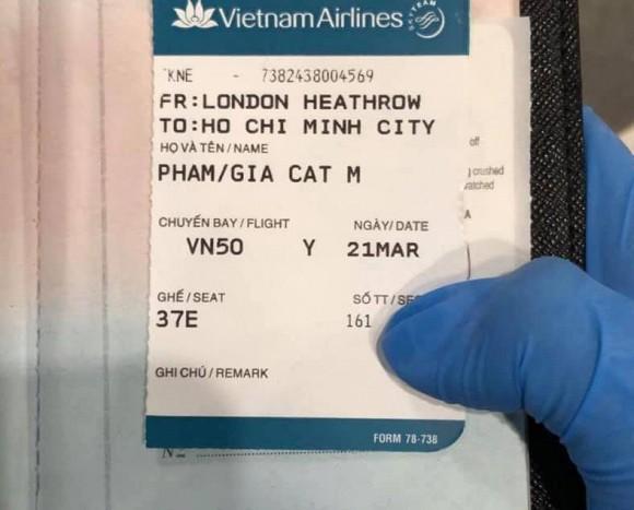 Chi Bảo cầu trời phù hộ khi con trai bay cùng chuyến với bệnh nhân 145 nhiễm Covid-19-2