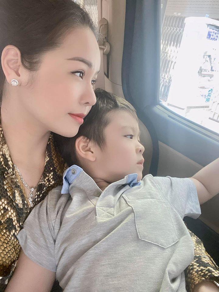 Bị chỉ trích vô trách nhiệm với con trai còn nói xấu nhà chồng, Nhật Kim Anh đuổi anti-fan: Lượn đi-2