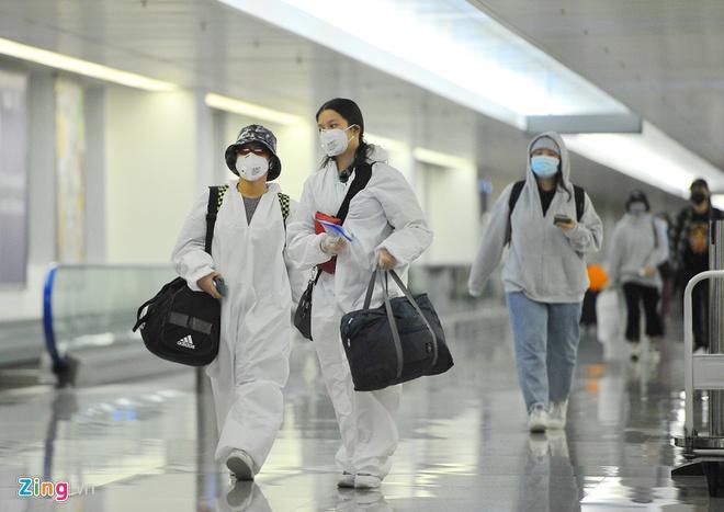 Nhiều người nhập cảnh từ 8/3 có nguy cơ cao nhiễm Covid-19-2