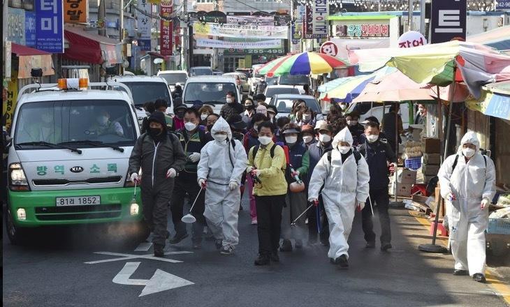 Ngày chết chóc nhất ở Mỹ vì Covid-19, ca nhiễm tăng kỷ lục ở Nhật-3