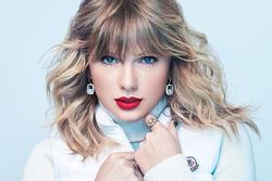 'Chơi lớn' như Taylor Swift: Tặng mỗi fan 70 triệu đồng trong mùa đại dịch Covid-19