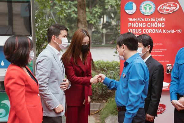 Cùng Chi Pu gây quỹ xây 100 trạm rửa tay Lifebuoy miễn phí-1