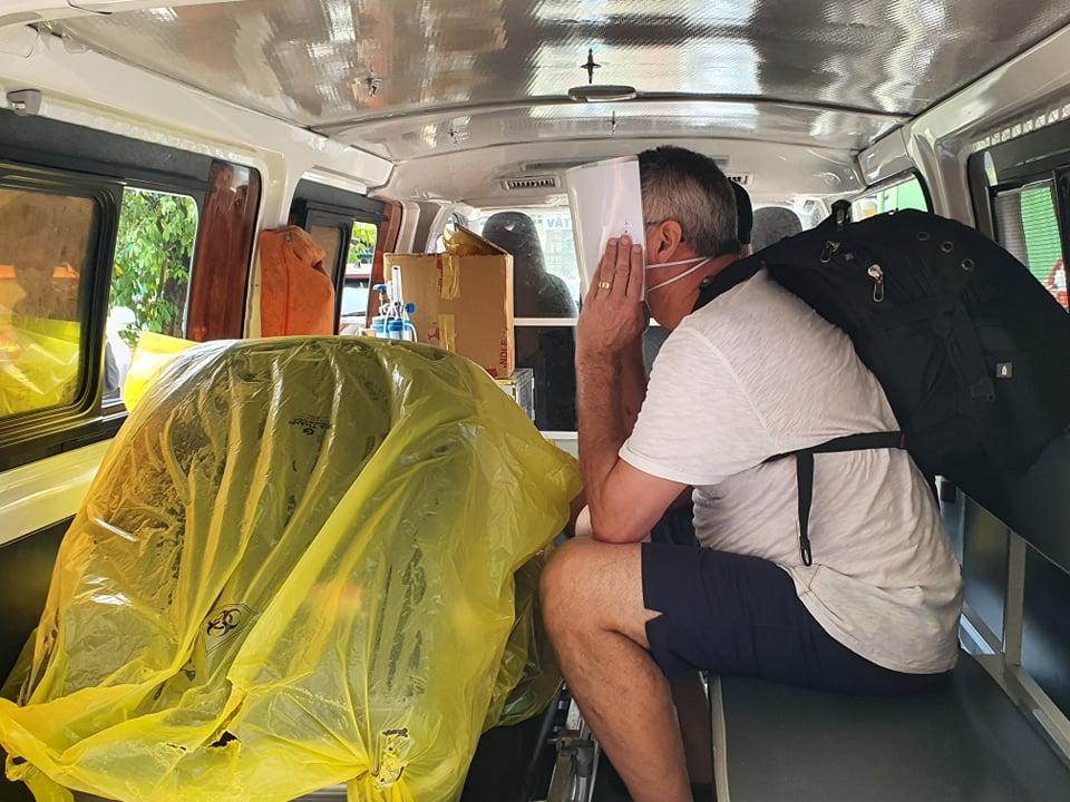 Clip: 3 bệnh nhân Covid-19 ở Đà Nẵng vui mừng xuất viện, Việt Nam đã chữa khỏi 20 ca-7