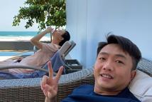 Đàm Thu Trang lộ rõ bụng nhô cao như bầu 4 tháng khi đi nghỉ dưỡng cùng Cường Đô La