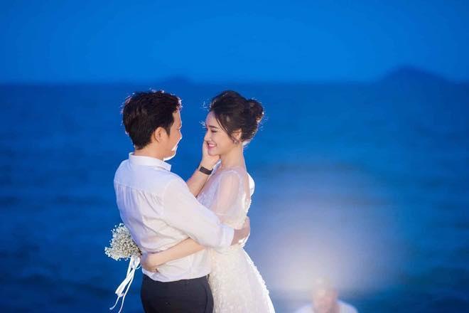 Mãn nhãn với bộ ảnh đính hôn cổ tích của Trường Giang - Nhã Phương sau gần 2 năm giấu kín-1