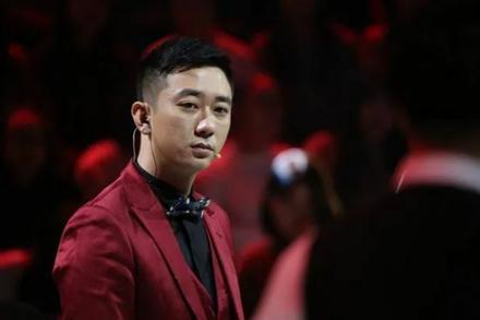 Tài tử Trung Quốc lộ chuyện bị vợ cũ bạo hành