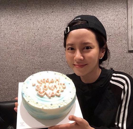Để mặt mộc vẫn nổi bần bật, mợ ngố Song Ji Hyo khẳng định đẳng cấp đẹp tự nhiên-12