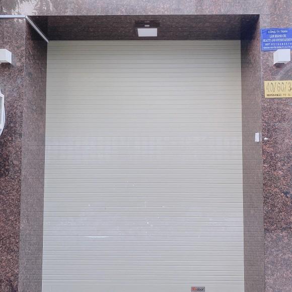 Lâm Khánh Chi đóng cửa cài then, tự cách ly 10 ngày không ra khỏi nhà-1