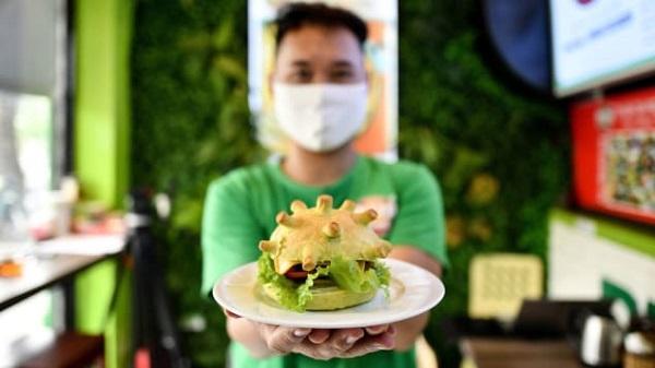 Nhờ ý tưởng làm bánh hăm-bơ-gơ Corona độc lạ, chàng trai Việt được báo nước ngoài khen ngợi-2