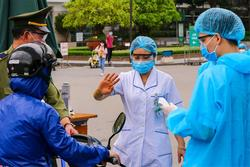 Phó Thủ tướng Vũ Đức Đam: Dồn toàn lực dập bằng được 'ổ dịch' lớn nhất cả nước tại Bệnh viện Bạch Mai