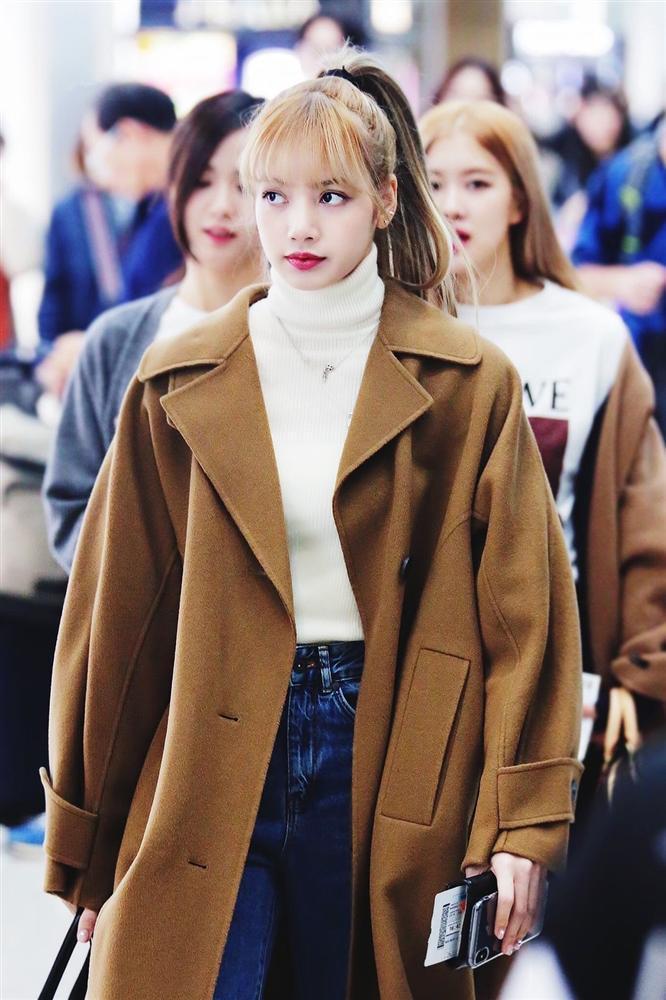 7 sao Hàn Quốc nào được khen mặc áo khoác dài đẹp nhất?-2